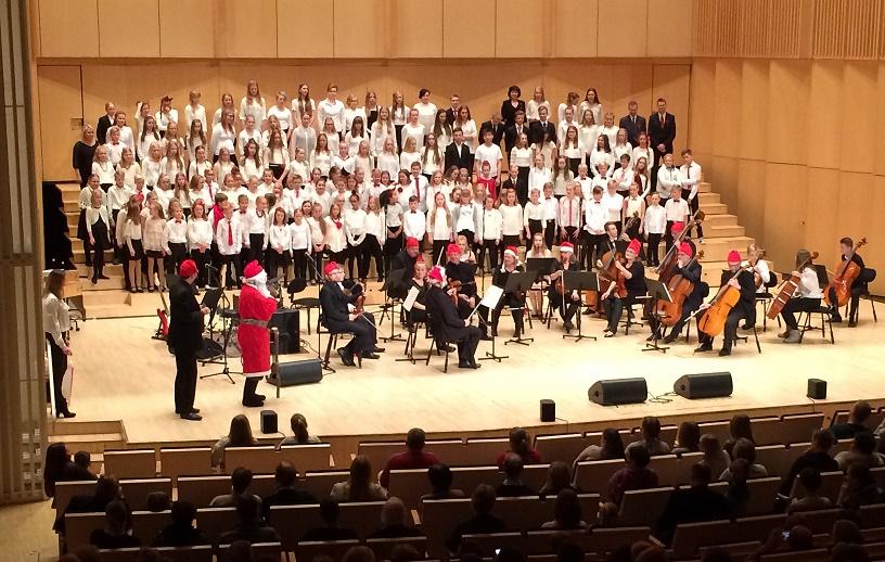 Musiikkiluokkien_joulukonsertti_1
